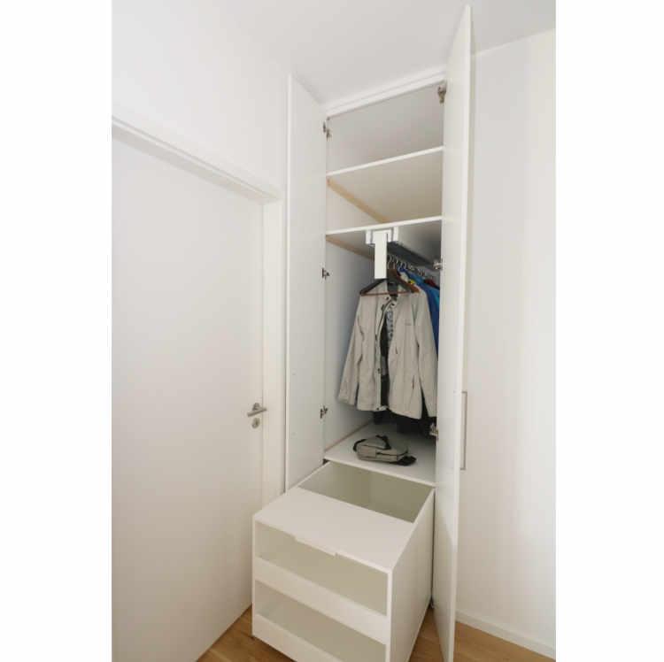 Garderobe 1,4m tief